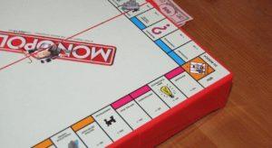 Monopoly für Senioren - Brettspiel für ältere Menschen mit Kindern und Enkelkindern