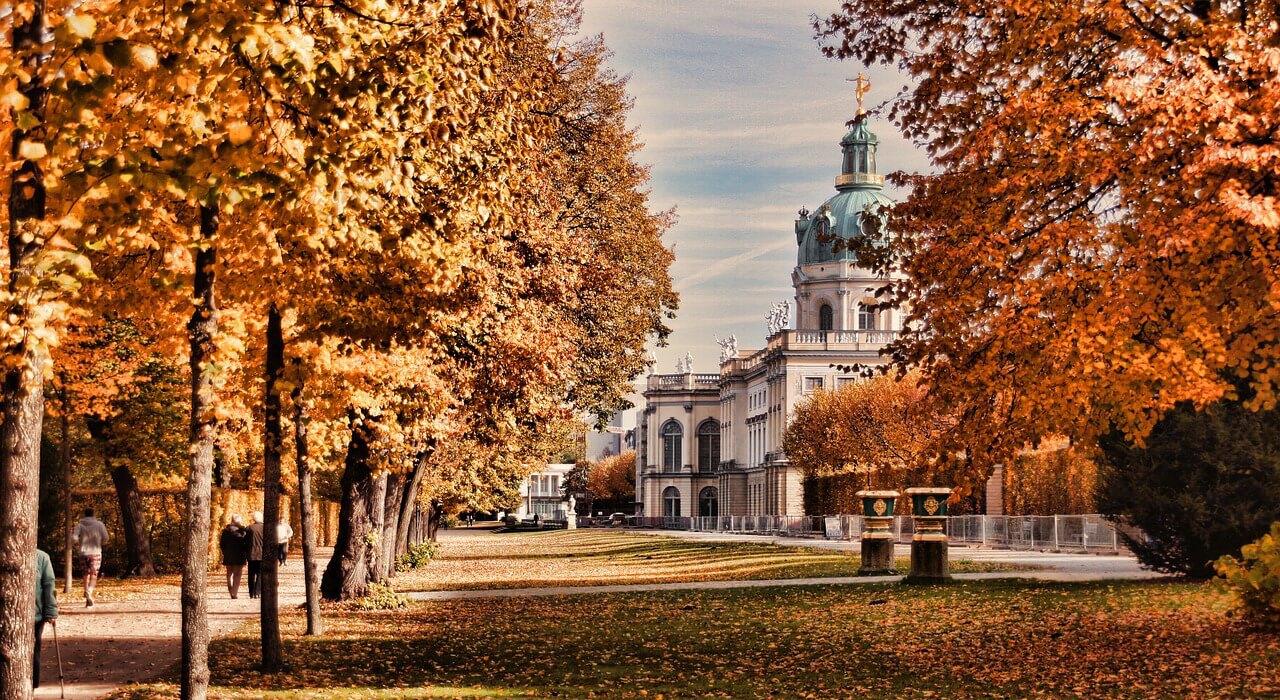 Ausflug nach Berlin für Rentner Senioren und Penionäre - Sehenswürdigkeiten - Schloss Charlottenburg