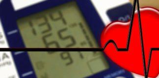 Blutdruck senken - 5 Tipps gegen Bluthochdruck und wie man auf natürliche Weise den Blutdruck ohne blutdrucksenkende Arzneimittel und Medikamente senken kann