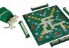 Scrabble - Brettspiel Gesellschaftsspiel - Kreuzwortraetsel als Brettspiel für Senioren und Rentner