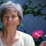 Senioren Hilfe - Unterstützung und Pflege von älteren Menschen Senioren und Rentnern im Alltag
