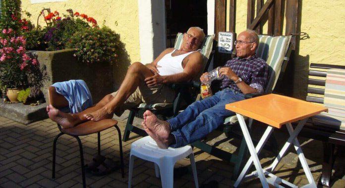 Senioren-WG - Vorteile und Nachteile der Wohngemeinschaft für ältere Menschen