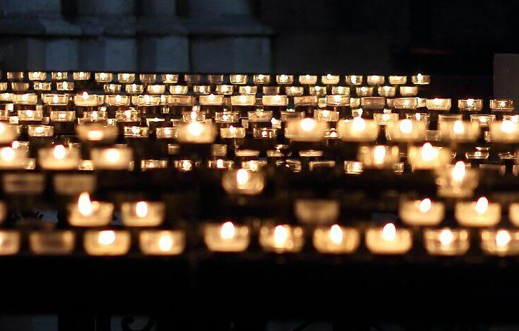 Trauerkartensprüche - Trauerkarten - persönlicher emotionaler ergreifender religioser Spruch für die Trauerkarte