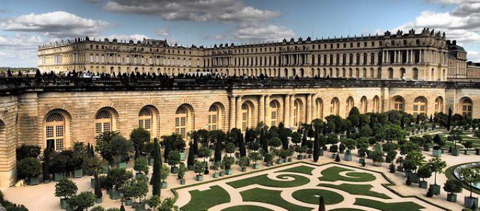 Versailles Schloss in Paris – Sehenswürdigkeiten beliebter Städte in Europa